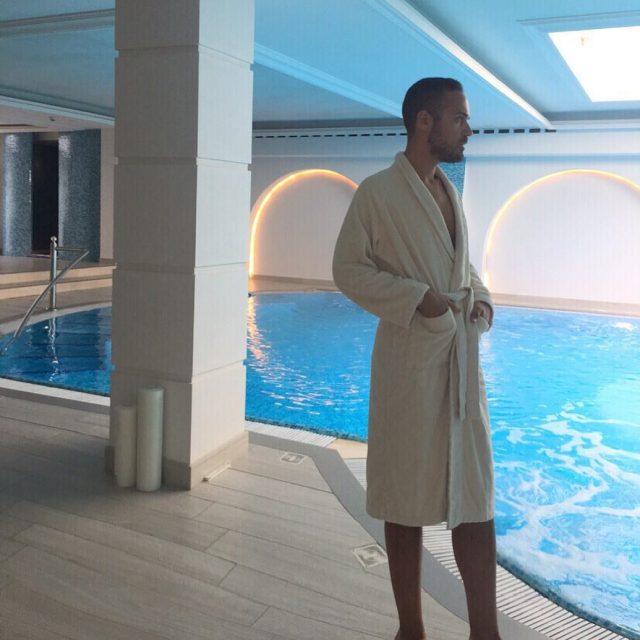 Immersione di Bellezza  Immersion inside beauty grandhoteldavinci followselect EdoardoAlaimolovesRomagnaEdoardoAlaimoamazingspabeautifulspaCesenaticoEmiliaRomagnabeautyfarmitalianstyleluxurylifestylebloggeritalianinfluencermalemodeltrendingmalefashiontrendsluxurytravels