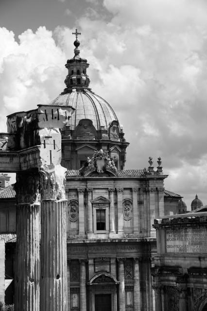 Edoardo Alaimo outfit Musei Capitolini5