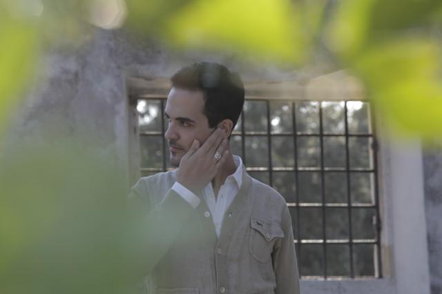 Edoardo Alaimo outfit Villa Borghese Roma5
