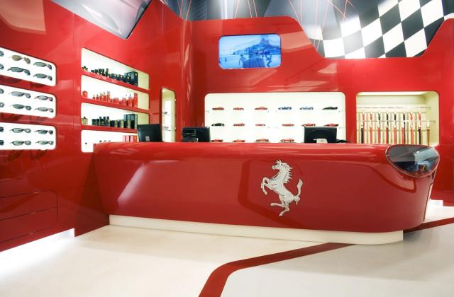 Ferrari-store-Nurburgring-03