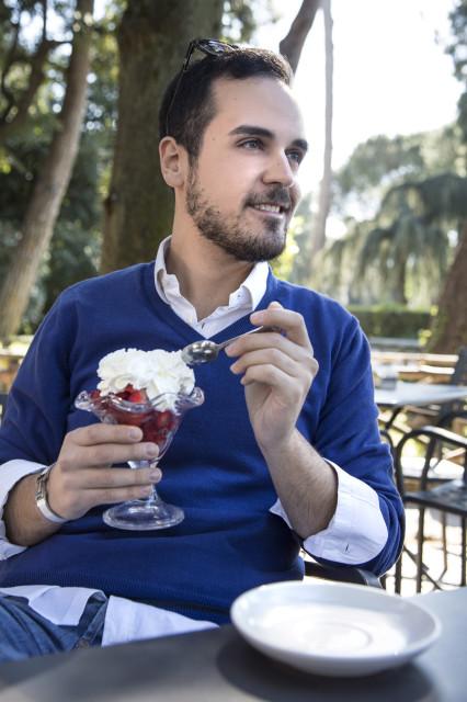 Edoardo Alaimo Villa Ada outfit5
