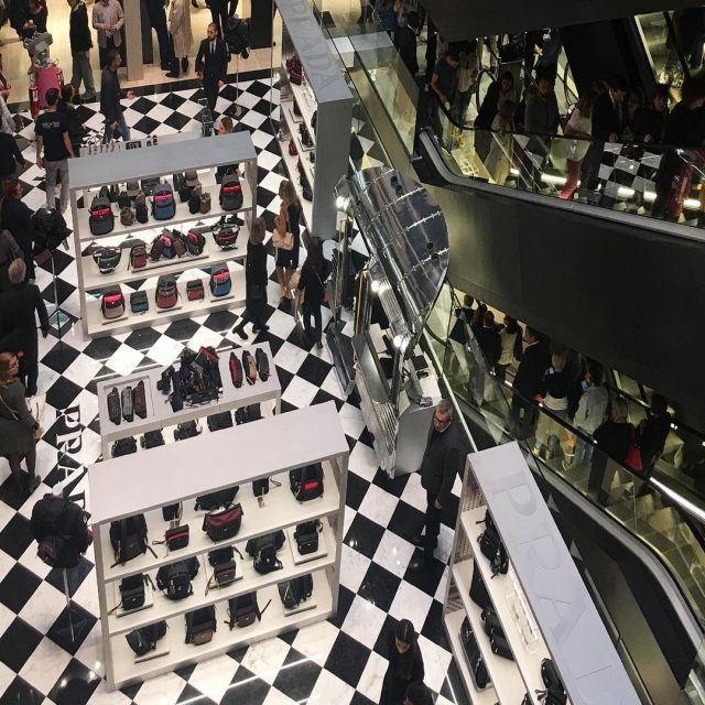 A New shopping experience in Rome larinascenteitalia