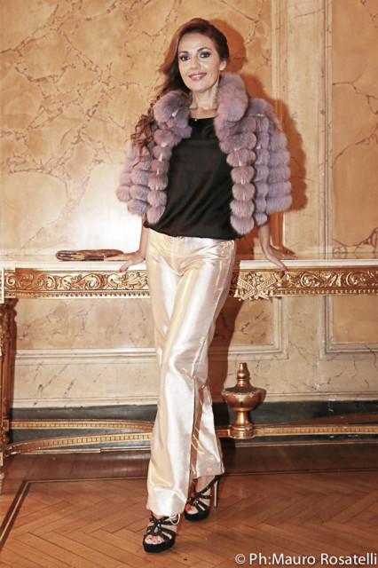 Camilla Nata in Tahm couture