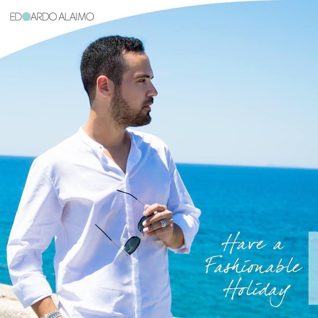 Have a Fashionable holiday edoardoalaimofashioninfluencerischiasummerestateseamarebeachwhitebeardcoolguymenstylemenswearwhiteshirtsunglassesigerscampaniaigersnapoli