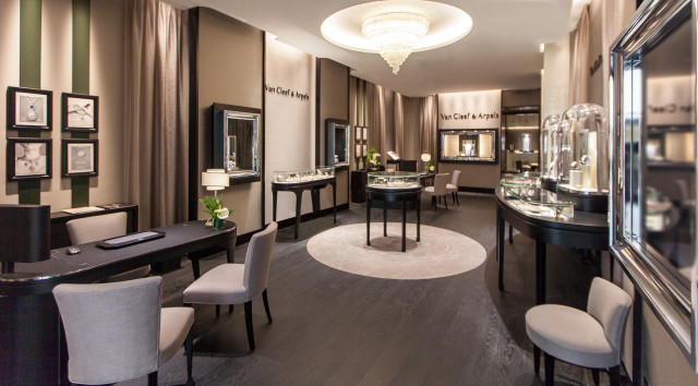 Rome boutique opening - photo by Van Cleef & Arpels - Oct 2015 (1)