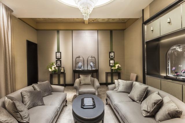 Van Cleef&Arpels apre una nuova boutique a Roma Edoardo Alaimo2