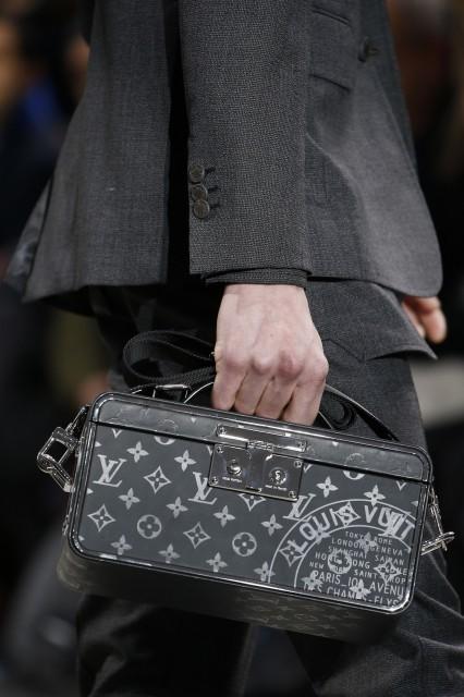 Louis Vuitton Fall winter 2016- 2017 Edoardo Alaimo3
