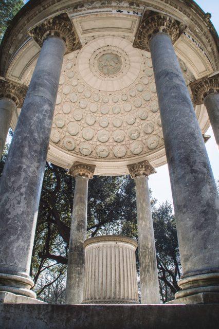 Edoardo ALaimo influencer outfit post Villa Borghese1
