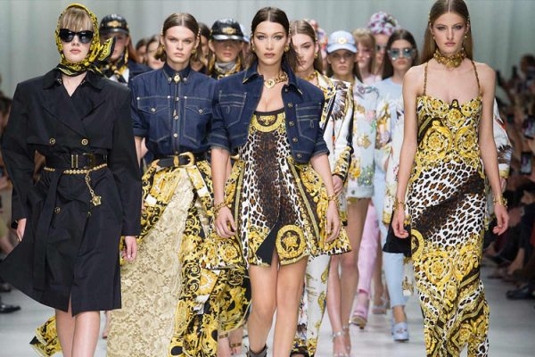 Milano Fashion Week P/E 2018: La sfilata tributo a Gianni Versace